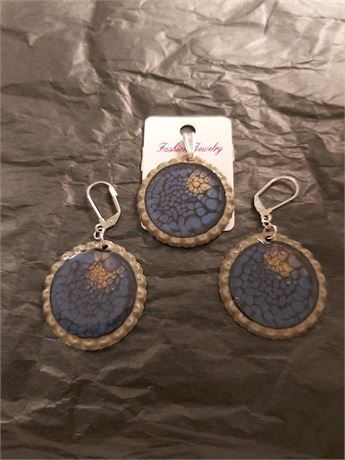 Hand Made Bottle Cap Pendant and Earrings